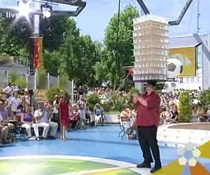 John Evans on germany tv show balancing a new world record in pints